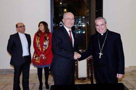 El Ayuntamiento de Málaga acuerda con el obispado realizar tres exposiciones en el Palacio Episcopal
