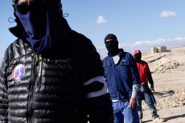Huelga trabajadores mina escondida Chile