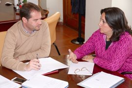 El Ayuntamiento de Mairena del Aljarafe licita su nuevo contrato de ayuda a domicilio