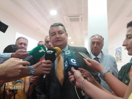 """Sanz destaca la """"celeridad"""" del Gobierno para agilizar el pago completo de las becas de FP en Andalucía"""