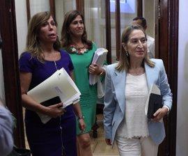 Ana Pastor suma ya a PSOE y Ciudadanos para adelantar al mediodía el inicio del Pleno del Congreso