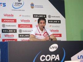 Duda, técnico de ElPozo, sancionado con ocho partidos por su agresión en el 'clásico'