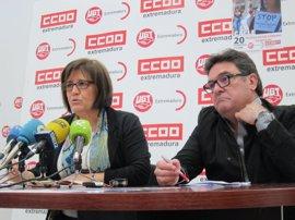 """CCOO y UGT retoman las protestas en Extremadura para exigir empleo y salario """"dignos"""""""