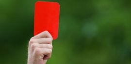 Sancionan con 47 partidos a un jugador por agredir a un árbitro en la Primera Andaluza