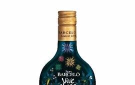 Ron Barceló venderá en Canarias una edición limitada su botella inspirada en el Carnaval