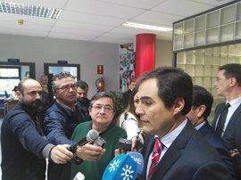 """Interior dice que el dispositivo de seguridad de la cumbre hispano francesa está """"perfectamente ordenado"""""""