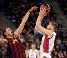 Tuvisa reforzará el servicio con el Buesa Arena durante la Copa del Rey de baloncesto, tras la alta demanda del jueves