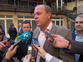 """Monago dice que """"habría un antes y un después"""" entre PP y Junta si prospera una moción de censura a Fragoso en Badajoz"""