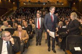 De la Serna reafirma el compromiso con el tren a Cantabria, que costará 1.300 millones