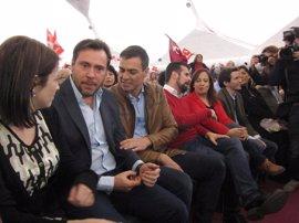 Sánchez se compromete a luchar por la minería y manifiesta su apoyo a los trabajadores de Nissan