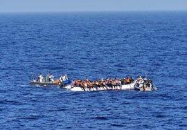 La fragata española 'Canarias' rescata a 112 migrantes frente a la costa de Libia