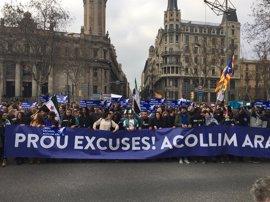 """'Casa nostra, casa vostra' celebra haber logrado la marcha """"más grande de Europa"""" por los refugiados"""