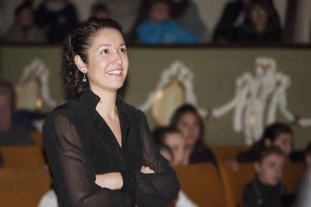 La directora dirigirá 'El Fallero' en 14 agrupaciones