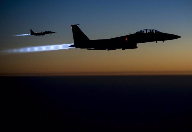 Cazas F-15E estadounidenses sobre el norte de Irak