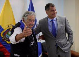 El presidente del Banco del Sur propone a Correa y Mujica como embajadores del proyecto