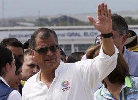 Los ecuatorianos acuden a las urnas para despedir la década de Correa