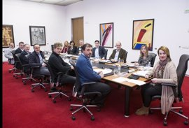 Mesa y Junta aborda este lunes la derogación del Consejo de Diálogo Social