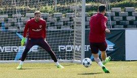 Oblak recibe el alta y entra en la convocatoria del Atlético para Leverkusen