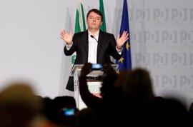 Renzi dimite como líder del Partido Democrático italiano y alerta del riesgo de escisión
