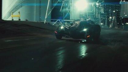 Así es el nuevo Batmóvil de La Liga de la Justicia