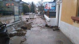 Coordinadas 230 incidencias por el 112 en Málaga por la lluvia