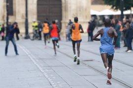 """El Ayuntamiento destaca la consolidación de la Zurich Maratón Sevilla como """"la maratón de los récords"""""""