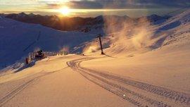 Las estaciones de esquí asturianas acogieron a más de 8.300 usuarios el fin de semana