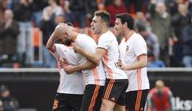 Orellana y Zaza resucitan al Valencia y el Celta hunde un poco más a Osasuna