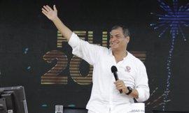 """Correa asegura que Alianza País ha ganado """"ampliamente"""" las elecciones presidenciales"""