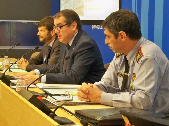 Rueda de prensa del conseller J.Jané, el director de Mossos A.Batlle y L.Trapero