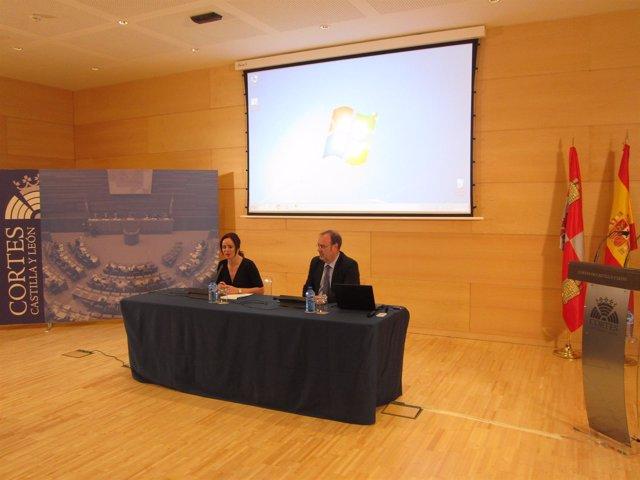 Silvia Clemente y Fernando Rey.