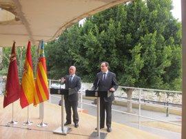 Murcia y Valencia avisan que no hay excusa posible para no atajar problema de financiación y firman una declaración