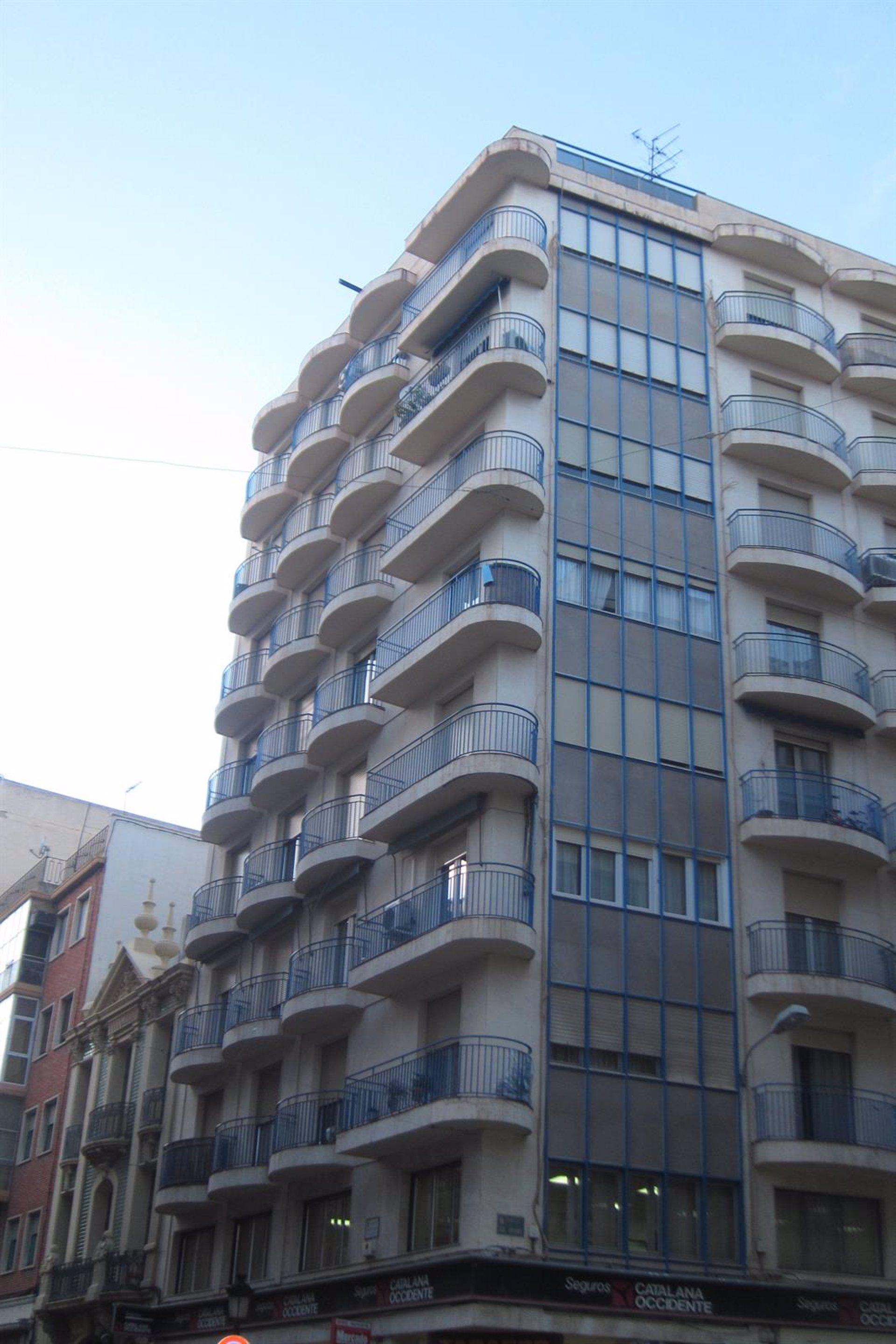 bankia pone a la venta 260 viviendas en c lm con