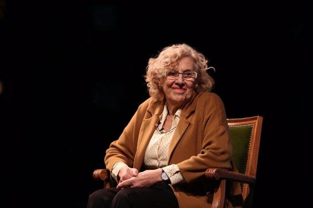 Manuela Carmena en la presentación de la temporada del Teatro Español
