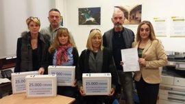 Entregan 25.000 firmas para la libre elección de lengua en Baleares