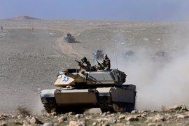Las fuerzas gubernamentales iraquíes avanzan hacia el aeropuerto de Mosul
