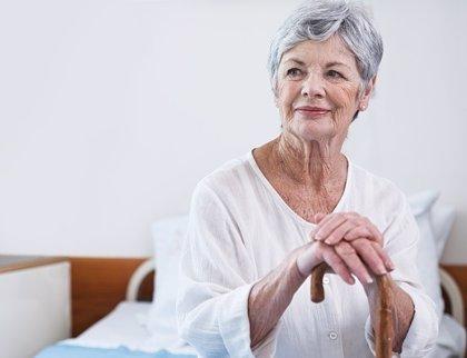 Tomar terapia hormonal postmenopáusica basada en estrógenos durante 10 años puede prevenir el Alzheimer