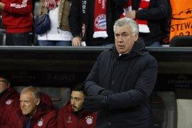 La Federación Alemana podría multar a Ancelotti por su 'peineta' a los aficionados del Hertha
