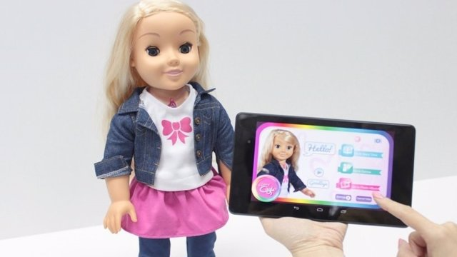 La muñeca Cayla de la empresa Genesis.
