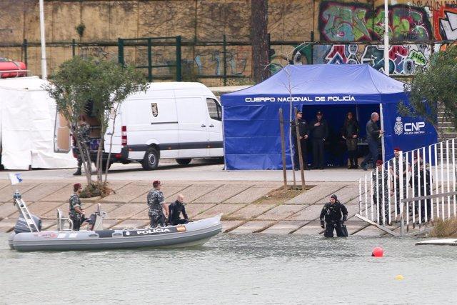 Búsqueda del cuerpo de Marta del Castillo en el río Guadalquivir