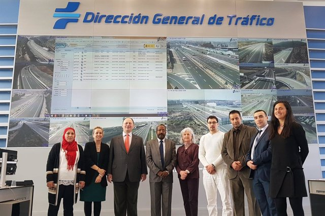 El Centro de Gestión de Tráfico de Zaragoza muestra su organización a Argelia