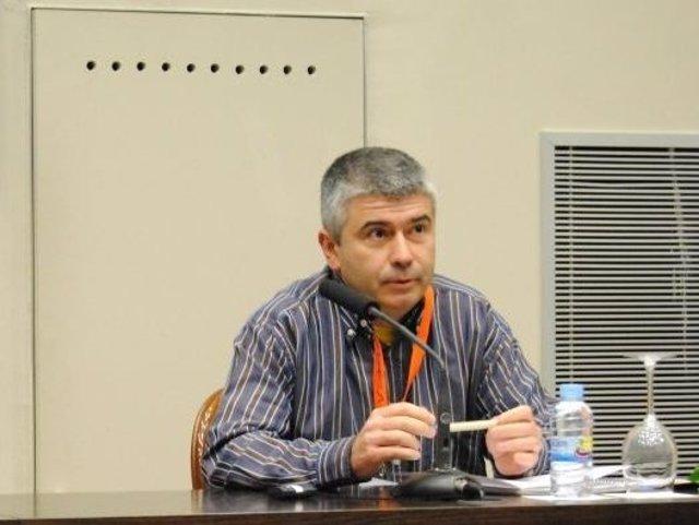 Imagen de Gabriel Pérez Quirós