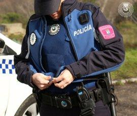 El Ayuntamiento ahorra casi 9 millones con los nuevos uniformes y la compra de vehículos de la Policía Municipal