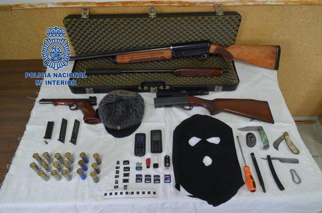 Armas intervenidas a un conductor en La Jonquera
