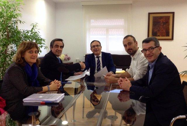 Miembros del equipo de Gobierno y concejales del PP