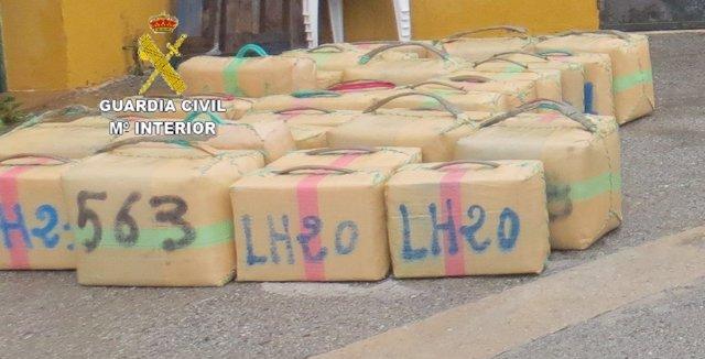 Intervenidos 930 kilos de hachís en una operación contra el narcotráfico