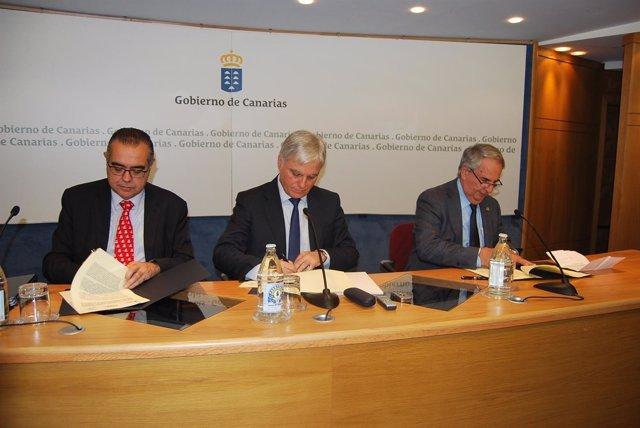 Sebastián Grisaleña (1º por la dch). Foto de Archivo