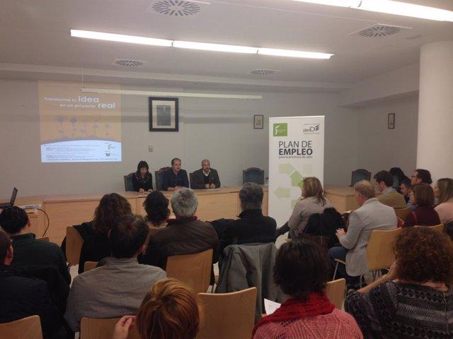 Presentación del convenio con SeguraEco para fomentar la cultura emprendedora.