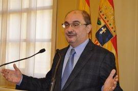 Javier Lambán propone una reunión a cuatro para desbloquear el Presupuesto