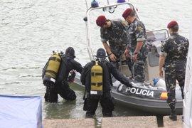 Los buzos revisan más de la mitad de las zonas de búsqueda de Marta en el Guadalquivir